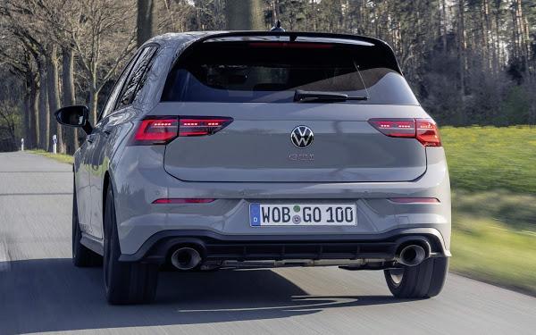 VW Golf GTI Clubsport com 300 cv e 400 Nm comemora 45 anos do mito - vídeo